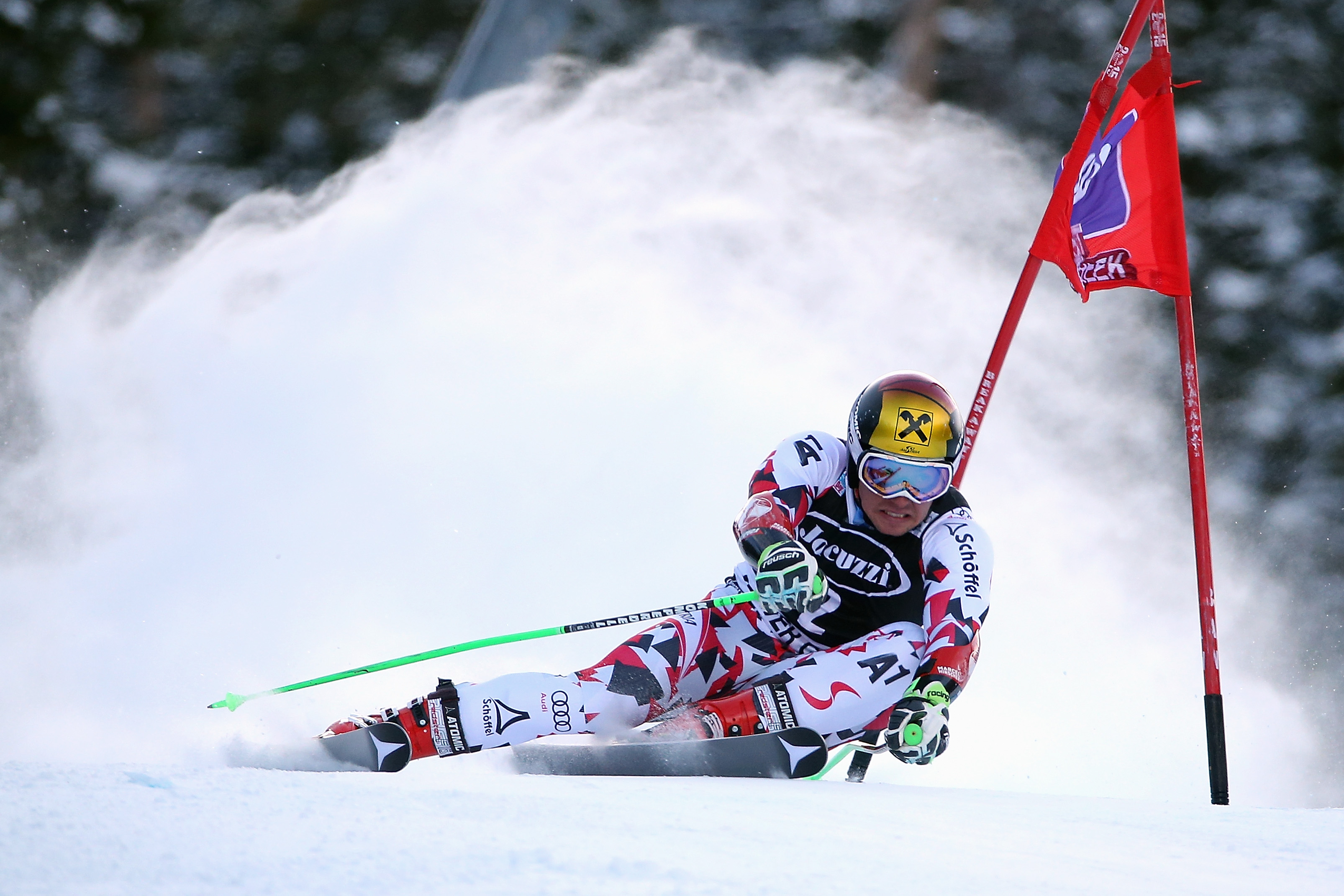 BEAVER CREEK, CO - DECEMBER 06:  Marcel Hirscher of Austria skis the course during the first run of the giant slalom at the 2015 Audi FIS Ski World Cup on December 6, 2015 in Beaver Creek, Colorado.  (Photo by Doug Pensinger/Getty Images)